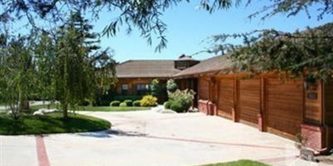 255 Valley Vista Drive