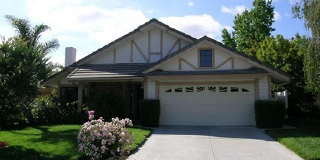 6725 Oak Forest Drive