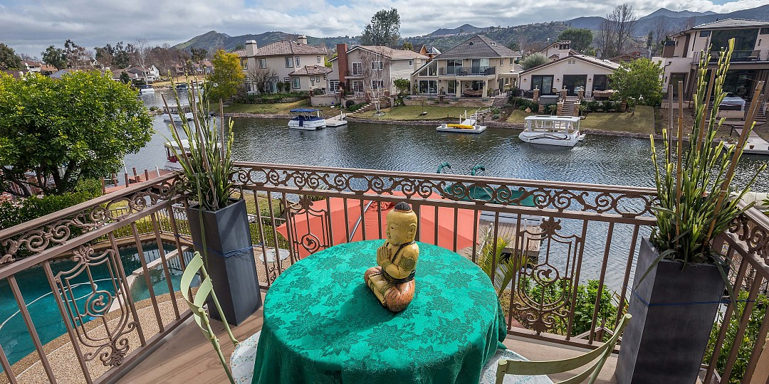 $8750/month-4154 La Venta Drive