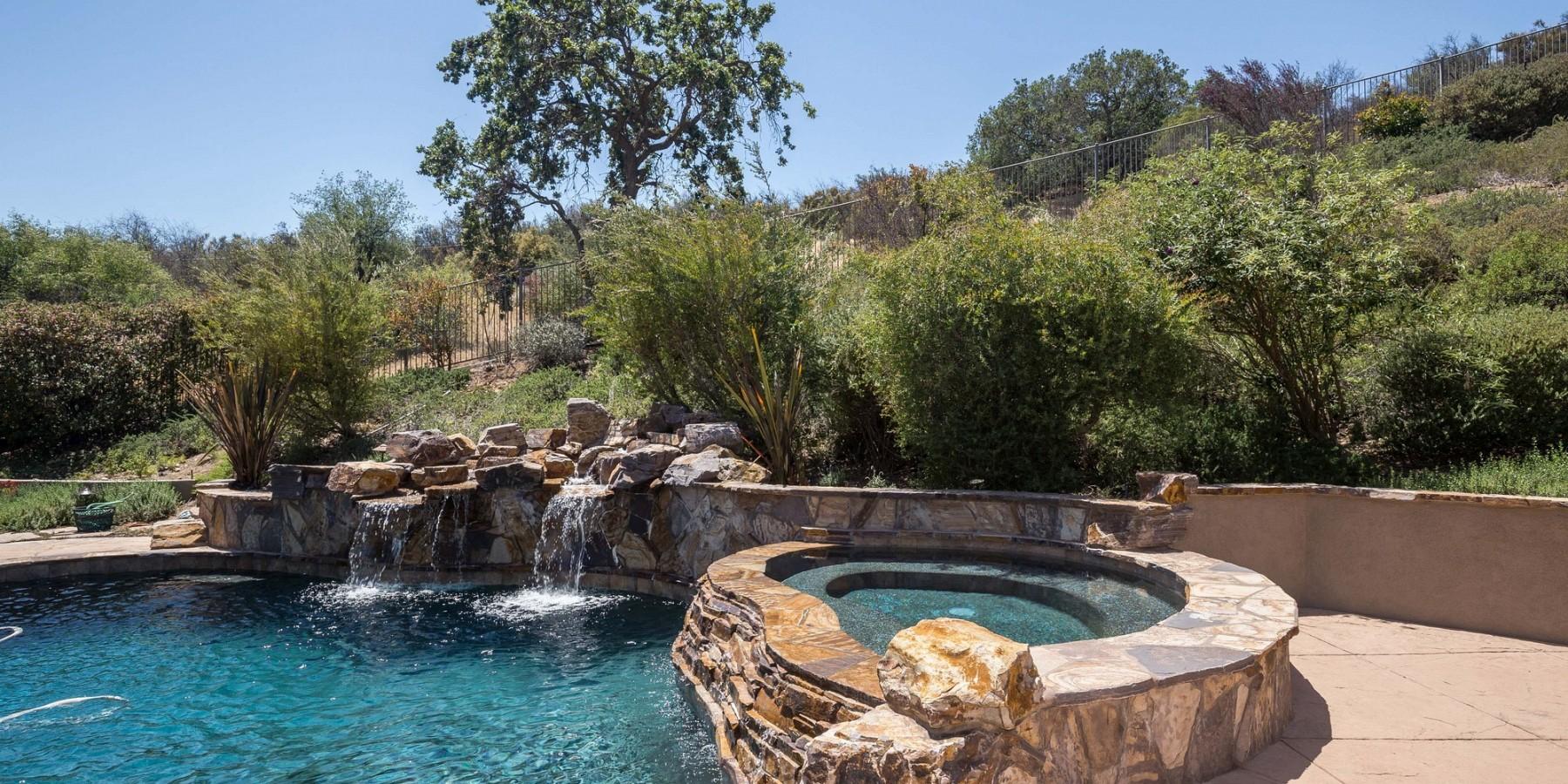 1495 Cheviot Hills Court, Westlake Village, CA 91361
