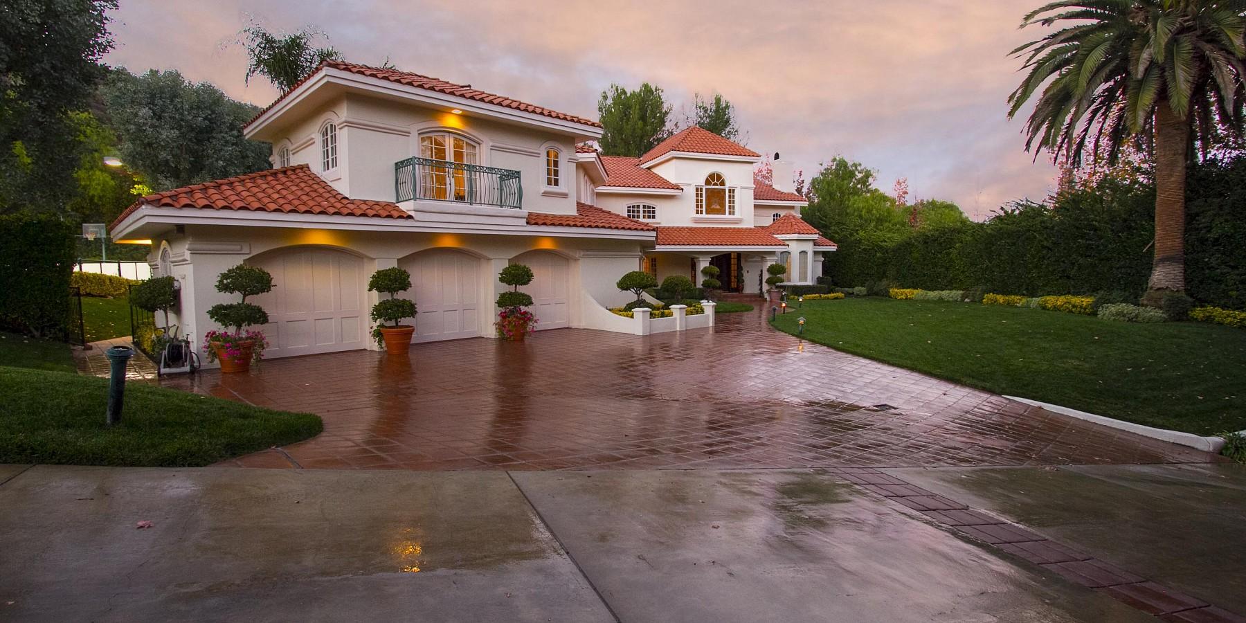 3828 Castle View, Agoura, CA 91301