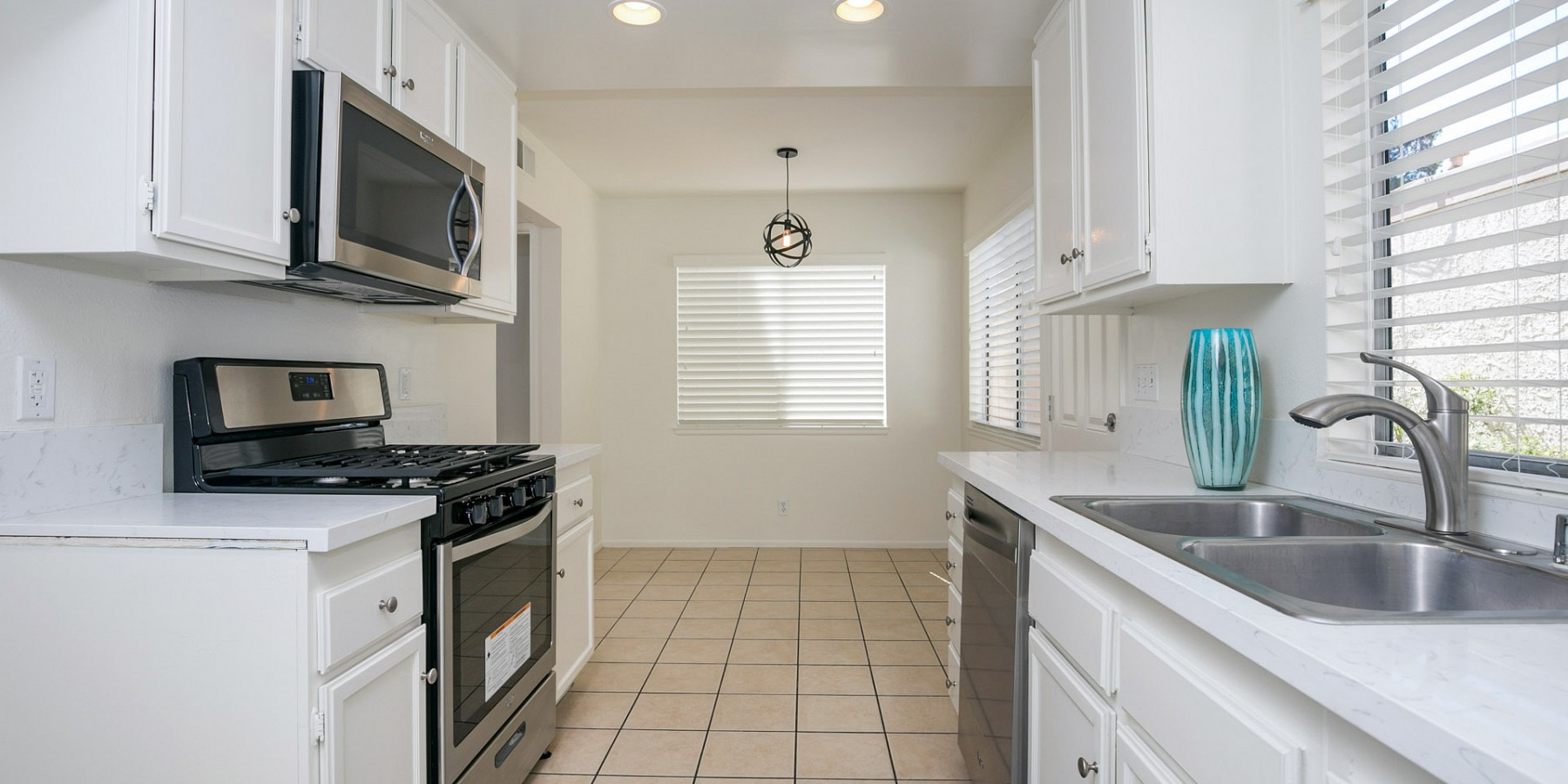 1056 Windmill Lane, Oak Park, CA 91377