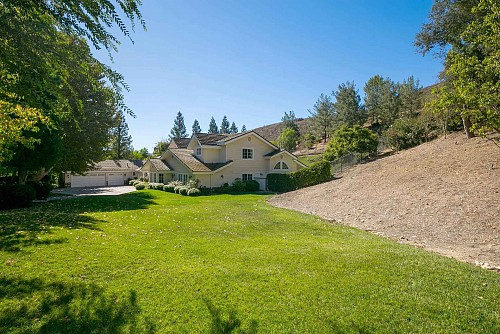 531 Country Valley Road, Westlake Village, CA 91362