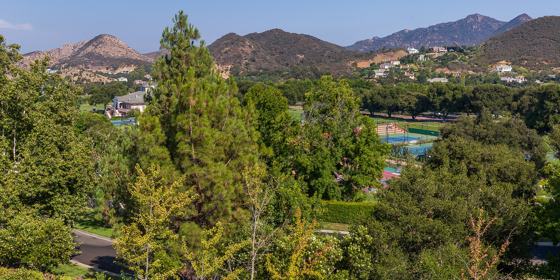 2466 Swanfield Ct, Westlake Village, CA 91361