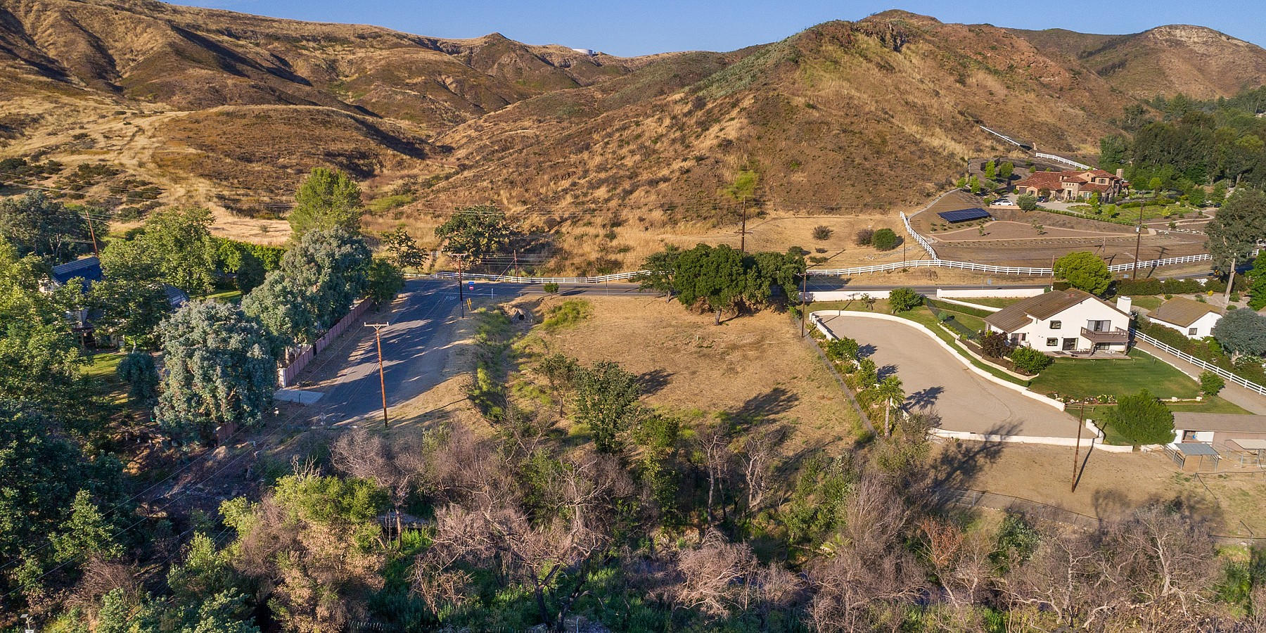 28900 Silver Creek Road, Agoura, CA 91301