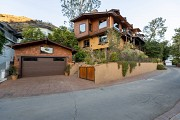 2106 East Lakeshore Dr., Agoura Hills, CA 91301