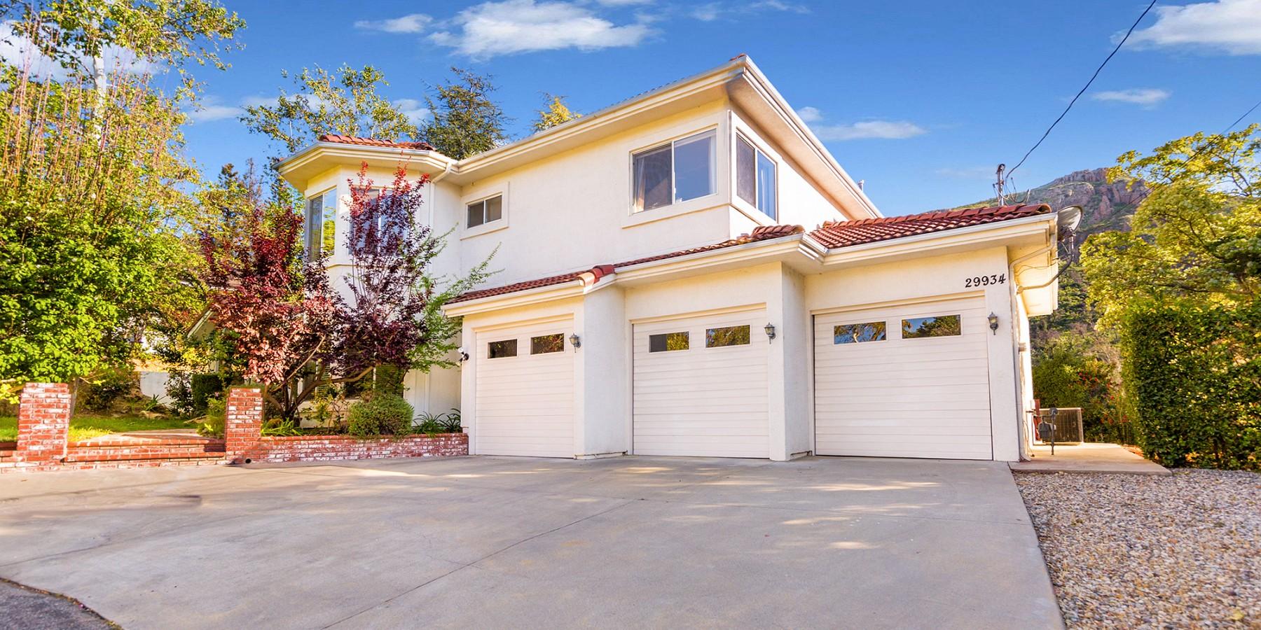 29934 Triunfo Dr, Agoura Hills, CA 91301